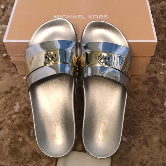 a0b9c11b72d716 NIB Michael Kors Jett Slide Sandals sz 9